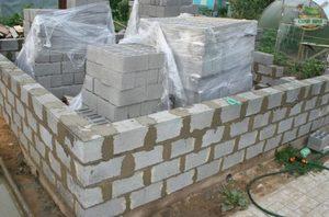Дом из керамзитобетонных блоков своими руками