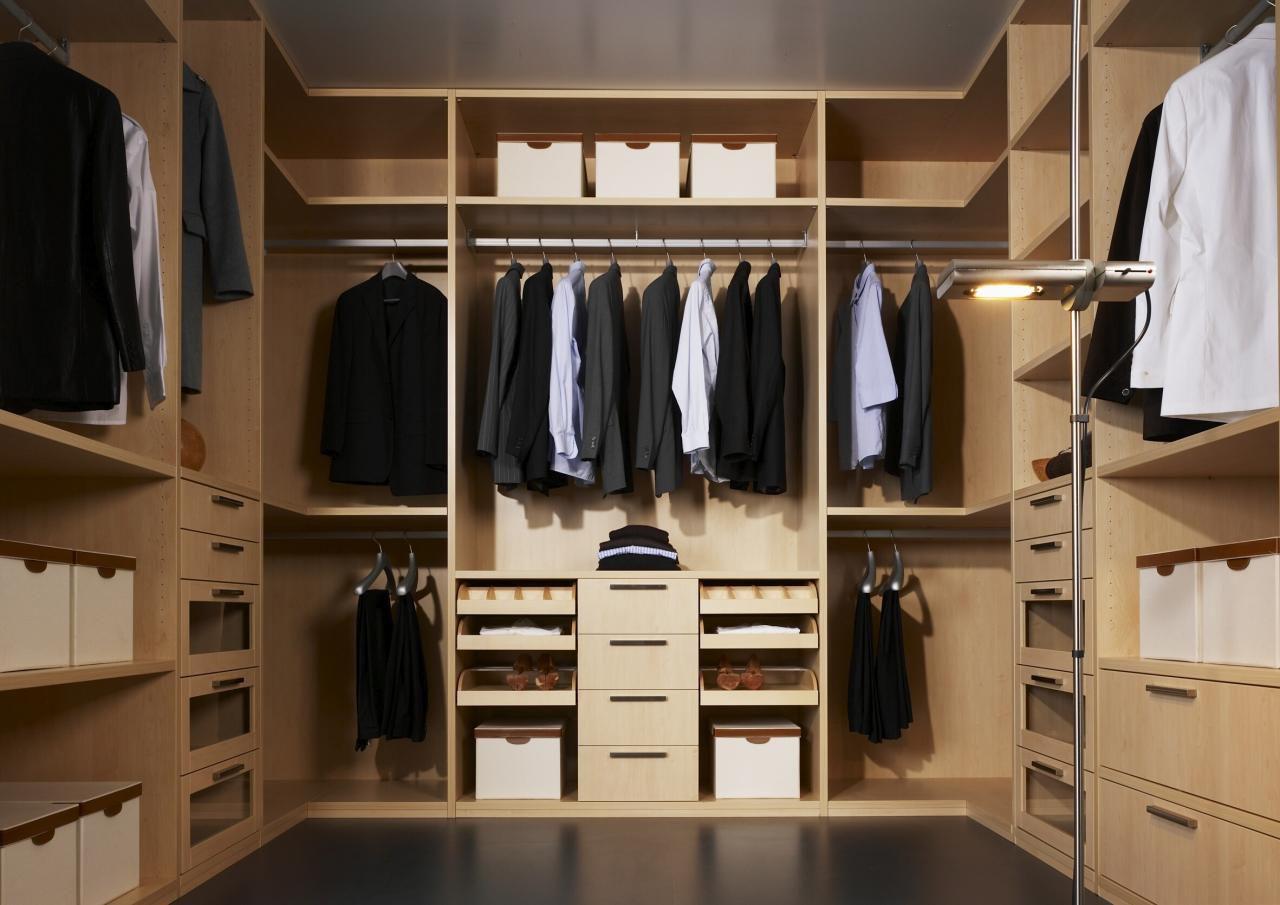 Как сделать гардеробную: планировка и наполнение 50