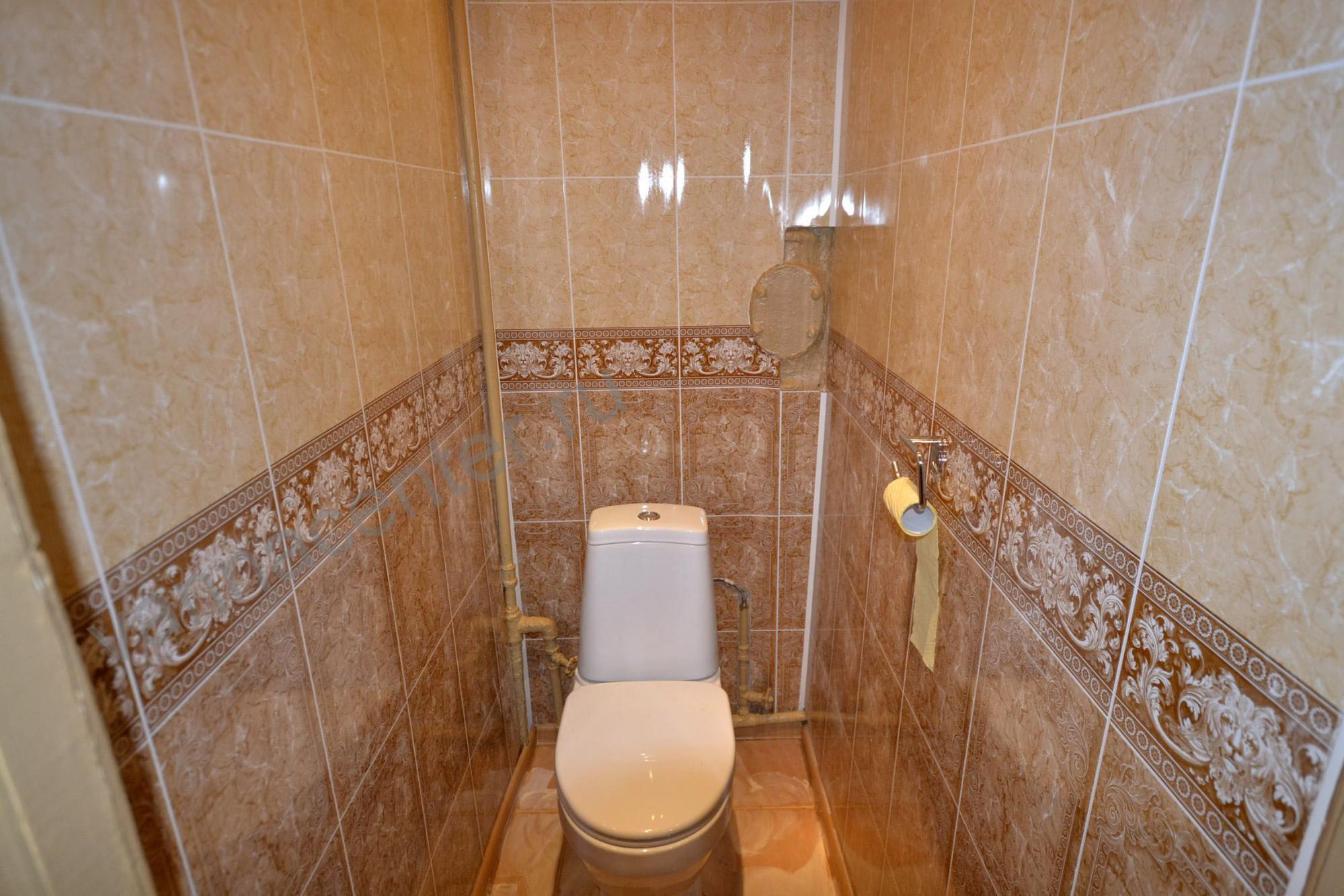 Ремонт туалета пластиковыми панелями в квартире фото