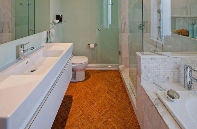 Покрытие пола в ванной комнате своими руками