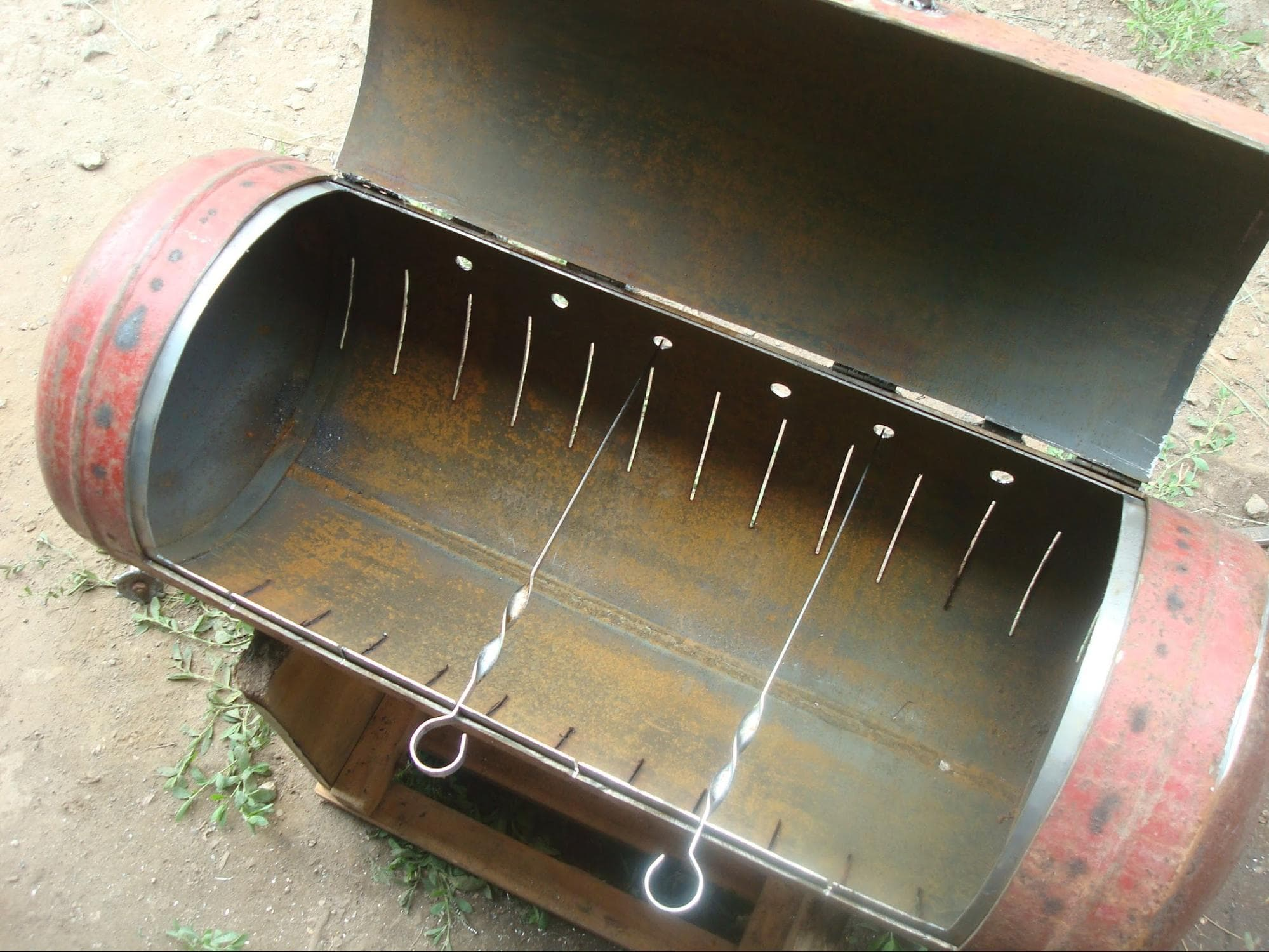 Как сделать мангал из газовых баллонов