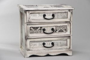 маленький шкафчик-комод