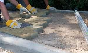 Укладка тротуарной плитки на бетонное основане