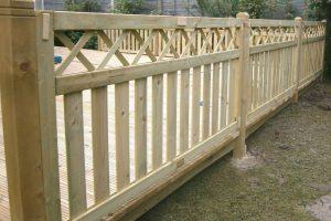 Ограждения для террасы – деревянные, металлические, а также обзор других материалов, их оптимальная высота и как сделать своими руками