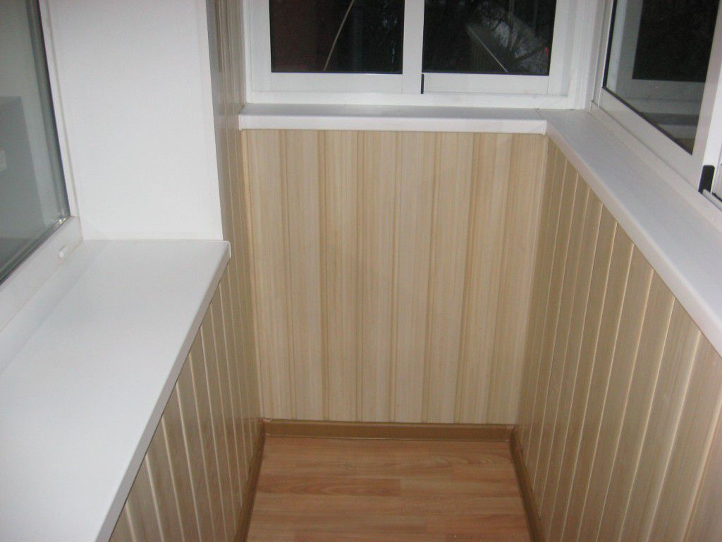 Пвх панели интерьер балкона.
