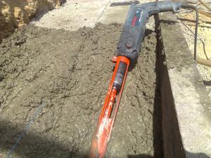 Как сделать вибратор для бетона из дрели